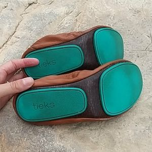 Tieks Shoes - Tieks 7 chestnut brown ballet flats shoes